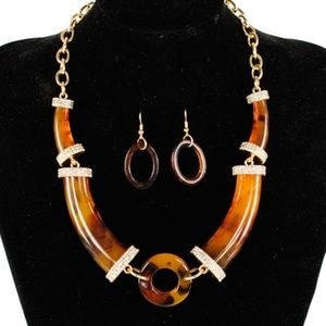 Jewelry - Rhinestone Formica Necklace Set